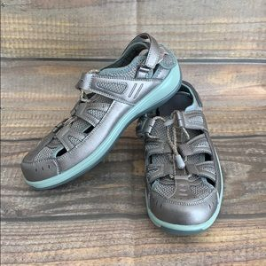 ORTHOFEET sandals extra wide size 8.5